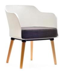 Estetyka i moda!  Fotel Cube spodoba się zwłaszcza miłośnikom współczesnego designu. Cechuje się prostą, szlachetną formą, a do tego dostępny...