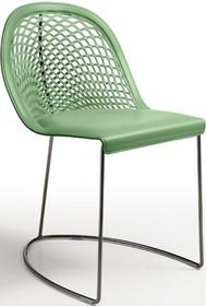 GUAPA S na płozach, to włoskie krzesło, nowoczesne z eleganckim wyglądem. GUAPA S idealnie zaprezentuje się w nowoczesnym salonie lub jadalni. Krzesło...