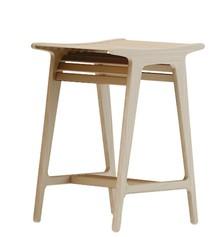 JADE to hoker, którego całkowita wysokość wynosi 65cm. Wykonany jest z drewna (5 kolorów do wyboru). Model nie posiada oparcia, stworzony...