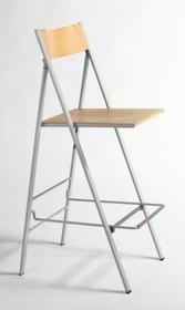 Składany włoski hoker będący elementem wyposażenia kuchni lub restauracji. Utrzymuje się na metalowym stelażu w kolorze aluminium. Siedzisko i oparcie...