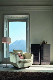 Włoska komoda STRING sprawdzi się w każdym domu, ponieważ jest pojemna i piękna. Struktura wykonana jest z drewna litego bukowego. Dodatkowo została ona...