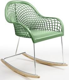 GUAPA DN to przepiękny włoski bujany fotel na płozach. Siedzisko, oparcie i podłokietniki są tapicerowane, obszyte skórą twardą, przy czym ostatnie...