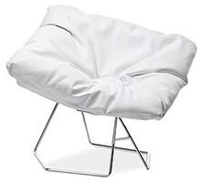 MASK to piękny włoski fotel stworzony z myślą o wyposażeniu salonu, pokoju lub jadalni.  Siedzisko może być obszyte tkaniną, skórą miękką lub...