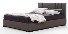 Włoskie łóżko KARMA wykonane zostało bardzo precyzyjnie i dokładnie z wielowarstwowego drewna topolowego. Łóżko obszyte jest wysokiej jakości...