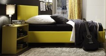 Włoskie łóżkoLINEA COLORto wyjątkowy mebel młodzieżowy. Jest ono eleganckie i bardzo wygodne. Płyta laminowana łóżka SMART o...