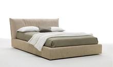 PLASIR wykonane jest z wielowarstwowego drewna topolowego. Łóżko PLASIRposiada szeroką paletę tkanin do obszycia ramy i wezgłowia. Łóżko...