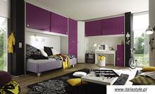 Młodzieżowa meblościanka do łóżka z kolekcji LINEA COLOR, wykonana z płyty MDF o grubości 22 mm, lakierowana na wysoki połysk w kolorach:...