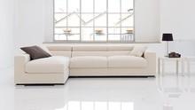 Narożnik EGO to mebel do przestrzennych salonów, urządzonych z gustem. Jest on również niezwykle wygodny, dzięki wypełnieniu poduszek piankami...