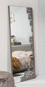 Włoskie lustro Mako to najwyższa możliwa elegancja i komfort użytkowania. Częściowo zostało obszyte skórą naturalną. Dużą uwagę przykuwa...