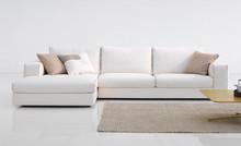 PLANO to włoski narożnik o prostym designie, który nie narzuca konkretnej stylizacji pomieszczeń. Można go zatem umieścić zarówno w nowoczesnych, jak...