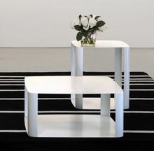 OFFSET3to włoski stoliko nowoczesnym wyglądzie, którego kostrukcja i blat jest z metalu. Stolikidealnie pasuje do...