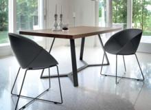Włoski stół ARCHIPRO podstawa metalowa malowana na kolor ciemny grafit . Blat drewniany fornirowany dostępny w 2 kolorach: orzech canaletto, oraz...