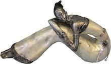 Kolekcja efektownych,smukłych figurek przedstawiających afrykańskiekobiety to przepiękny element dekoracyjny. Figurka doskonale wkomponuje...