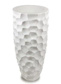 Biały wazon w ciekawym kształcie sprawdzi się we wszystkich nowoczesnych i designerskich wnętrzach. Będzie gustowną ozdobą w każdej aranżacji.