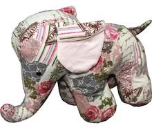 Stoper do drzwi w kształcie kolorowego słonia to produkt jedyny w swoim rodzaju, bardzo efektowny, a przy tym niebywale praktyczny. Będzie słodką...