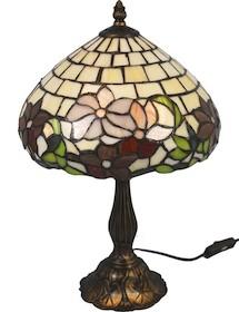 Elegancka i stylowa lampa witrażowa znajdzie zastosowanie w wielu wnętrzach. Świetnie sprawdzi się w każdym salonie, gabinecie oraz wielu innych...