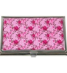 Uroczy, różowy wizytownik jest produktem, obok którego nie da się przejść obojętnie. Wygląda bardzo stylowo i na pewno spodoba się nawet bardzo...