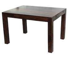 Stół o eleganckiej, ale i bardzo prostej stylistyce z łatwością wkomponuje się do bardzo wielu wnętrz. Może być znakomitym rozwiązaniem do...