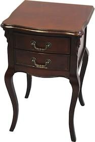Mały stolik o bardzo eleganckiej stylistyce znajdzie zastosowanie w wielu różnorodnych wnętrzach. Może być doskonałym rozwiązaniem do aranżacji...