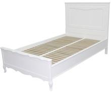 Przepiękne dziewczęce łóżko w kolorze białym. Delikatnie stylizowane i wysmakowane, idealnie wypełni niejedną sypialnie.  Przystosowane do materaca:...
