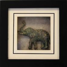 Obrazki w różnych wymiarach przedstawiające słonie z podniesionymi trąbami będą ciekawym rozwiązaniem do wszystkich wnętrz. Sprawdzą się w salonie,...