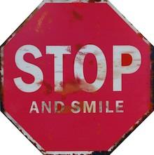 Niebanalne dekoracje ścienne w formie znaków drogowych sprawdzą się przede wszystkim w pokoju młodzieżowym lub designerskim salonie. To obrazki jedyne w...