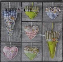 Stylowe serwetki Hearts On Wood dodadzą wiele uroku każdej stylizacji. Nowoczesny wzór jest jednocześnie bardzo przyjemny i sprawdzi się w każdej...