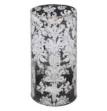 Pełen uroku wazon ozdobiony wyrazistym wzorem to wyjątkowa dekoracja, która spodoba się nawet bardzo wymagającym osobom. Sprawdzi się w każdym salonie,...
