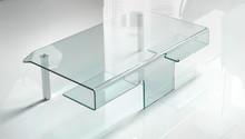 Ława Aries pochodzi z kolekcji Target Point. Ten stolik kawowy został w całości wykonany ze szkła. Blat ławy występuje tylko w wersjwi przeźroczystej,...
