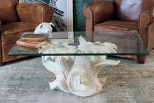 GIRASOLI to stolik kawowy od Target Point z serii Klasyka.<br />Ceramiczna ława ze szklanym blatem i oryginalnym kształtem zachwyci niejednego...