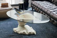 CALLA to stolik kawowy od Target Point z serii Klasyka.<br />Ceramiczna ława ze szklanym blatem i oryginalnym kształtem obok której nikt nie...