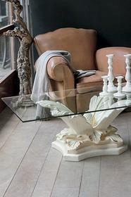 TROPEA to stolik kawowy od Target Point z serii Klasyka.<br />Ceramiczna ława ze szklanym blatem i oryginalnym kształtem obok której nikt nie...