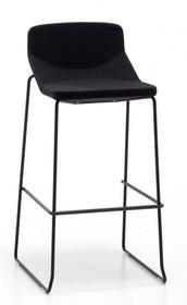 Hoker FORMULA80 STOOL H65 TECH, ma stelaż metalowy chromowany lub malowany na czarno. Siedzisko wykonane z masy plastycznej jedno lub dwukolorowej.<br...