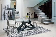 ECLIPSE to stylowy, nierozkładany stół zaprojektowany i stworzony przez znaną i cenioną włoską firmę Target Point. Spód wykonany z lakierowanego...