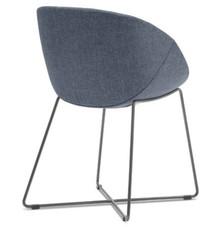 Włoski fotel Coquille-T wyprodukowany przez jedną z najlepszych włoskich firm meblarskich na świecie- Domitalia. Coquille-T został zaprojektowany przez...