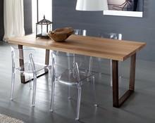 Prostokątny stół Cruise-200 to kolejny produkt Domitalia. <br />Konstrukcja stołu została wykonana ze stali lakierowanej, natomiast blat...