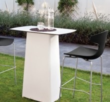 Stolik Terra-ta to kolejny produkt od Domitalia. Stolik został stworzony technologią rotacyjną. Stolik ma kształt kwadratu, a jego blat posiada...