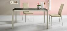 Stół KLASS 140x90 cm, rozkładany do 200 cm. Blat stołu dostępny jest w czterech opcjach do wyboru:<br />- ceramiczny + przedłużka...