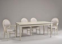 Italia Style ma zaszczyt przedstawić Państwu stół LUIGI XVI RECTANGULAR prestiżowej marki Veneta Sedie.<br />Stół LUIGI XVI...