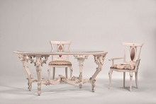 Italia Style ma zaszczyt przedstawić Państwu stół DEIRA prestiżowej marki Veneta Sedie.<br /><br />DEIRA występuje w dwóch...