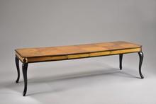 Italia Style ma zaszczyt przedstawić Państwu QUEEN ANNE prestiżowej marki Veneta Sedie.<br />QUEEN ANNE jest stylowym stołem rozkładanym.<br...