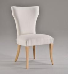 Italia Style ma zaszczyt przedstawić Państwu krzesło CALLA prestiżowej marki Veneta Sedie.<br />CALLA występuje także w wersji z...