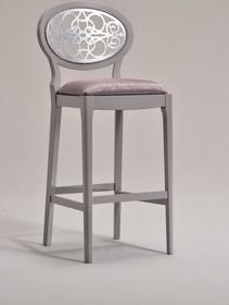 Italia Style ma zaszczyt przedstawić Państwu hoker CLAIRE prestiżowej marki Veneta Sedie.<br />Hoker występuje w dwóch wersjach- z...