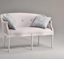 Italia Style ma zaszczyt przedstawić Państwu sofę ORWELLA prestiżowej marki Veneta Sedie.<br /><br />Luksusowe produkty Veneta Sedie...