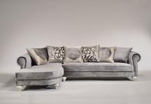 Italia Style ma zaszczyt przedstawić Państwu narożnik GIGLIO SOFA WITH PENINSULA prestiżowej marki Veneta Sedie.<br /><br />Luksusowe...