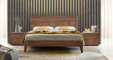 Łóżko STORM o powierzchni spania 160/200cm, gdzie wezgłowie i rama jest wykonana z płyty laminowanej uszlachetnionej o matowej strukturze w kolorze...