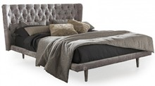 Włoskie łóżko Selene jest częścią kolekcji znanej włoskiej firmy Bolzan Letti, która specjalizuje się w produkcji łóżek...