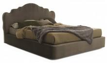 Włoskie łóżko CORONAS jest częścią kolekcji znanej włoskiej firmy Bolzan Letti, która specjalizuje się w produkcji łóżek...