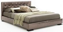 Włoskie łóżko VOGUE jest częścią kolekcji znanej włoskiej firmy Bolzan Letti, która specjalizuje się w produkcji łóżek...