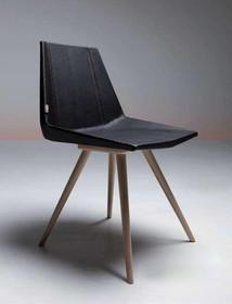 GLIM SPORT to kolejny przedstawiciel włoskiej serii GLIM. Krzesło GLIM SPORT ma drewniany stelaż wykonany z drewna bukowego w kolorze białej aniliny lub...